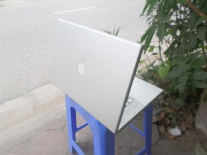 macbook pro vỏ nhôm (1)