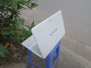 sony vaio svf15 trắng (2)