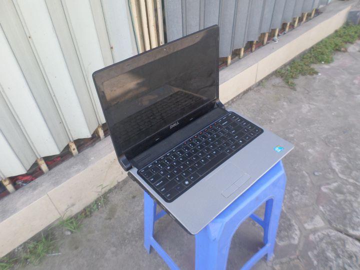 Dell Studio 1458 Intel Core I5 293ghz Vga Roi 2Gb